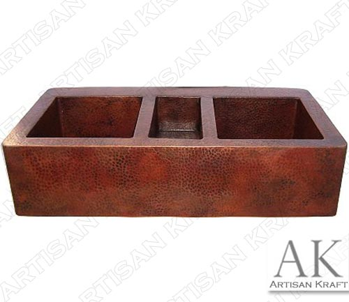 Triple-Well-Farmhouse-Hammered-Copper-Sink2